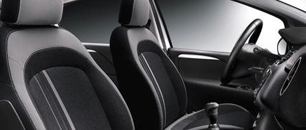 Fiat Punto 2012 vue intérieure sièges