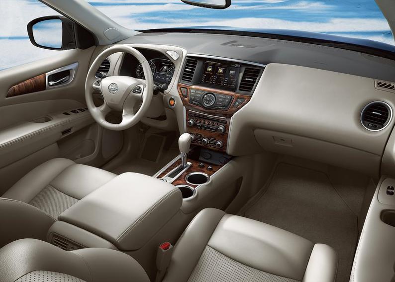 Nissan Pathfinder - vue intérieur