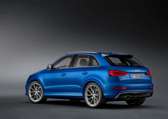 Audi RS Q3 bleu 03