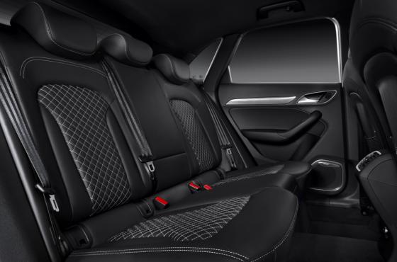Audi RS Q3 interieur 02