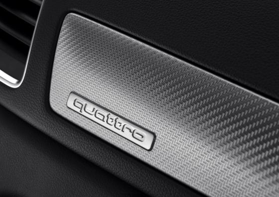Audi RS Q3 interieur 03