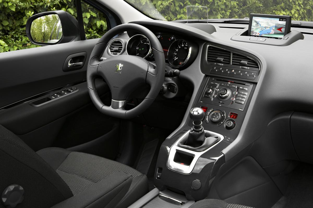 Peugeot 5008: idéal pour faire voyager sa petite famille