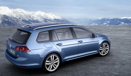 Volkswagen-Golf-SW_03