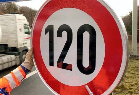 Sécurité routière : nos autoroutes limitées à 120 km/h, c'est pour bientôt !
