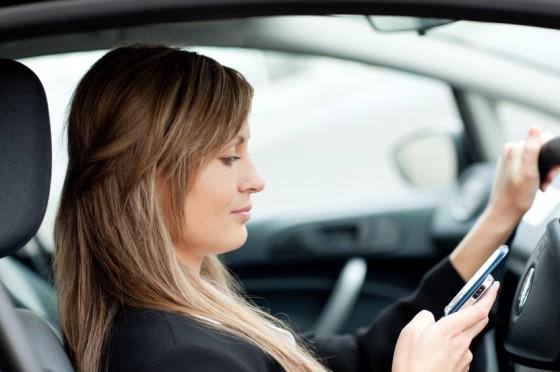 femme sms voiture