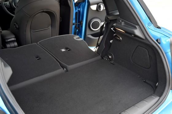 nouvelle mini 5 portes news auto. Black Bedroom Furniture Sets. Home Design Ideas