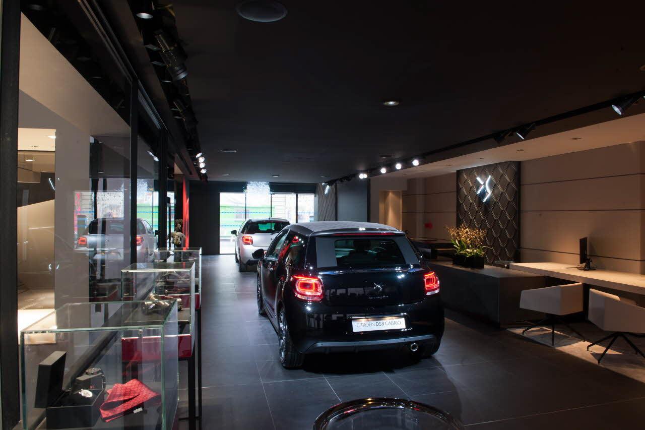 DS est la marque de luxe de Citroën au DS World Paris