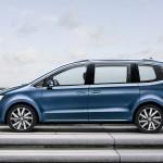 Porte latérale coulissante fermée du nouveau Volkswagen Sharan