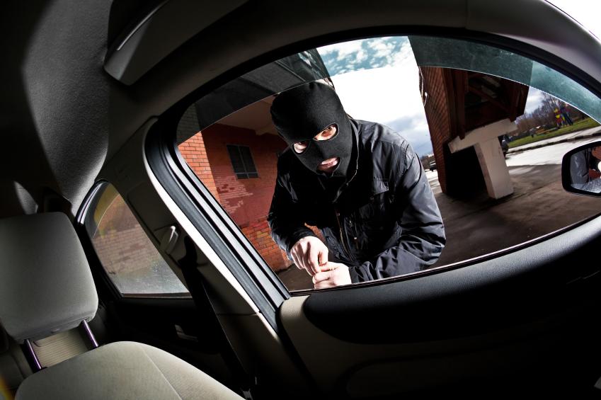 Les voleurs de voitures s'adaptent au marché avec le piratage des système informatique des véhicules