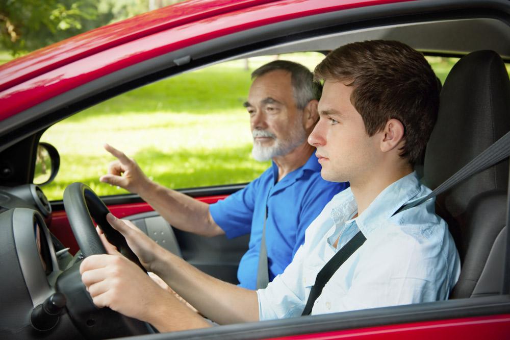 Examen du permis de conduire en accéléré.