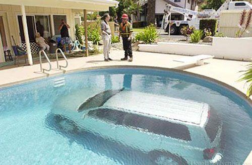 accident voiture piscine