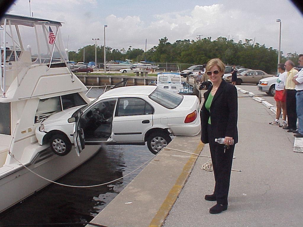 accident voiture bateau