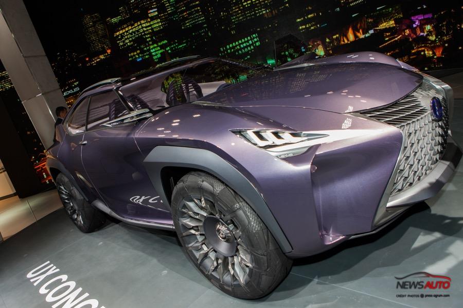 Lexus UX fait un bond dans le futur